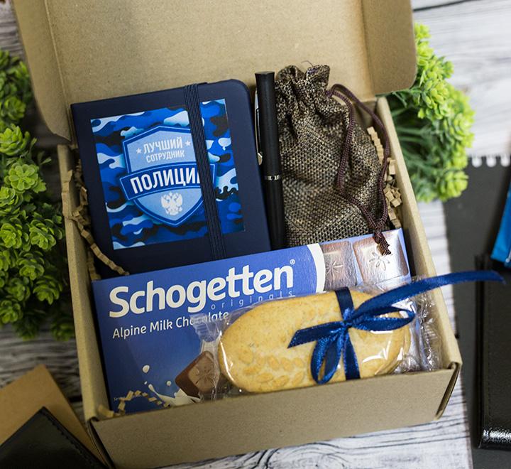 Подарочный бокс Лучший полицейский, с альпийским шоколадом